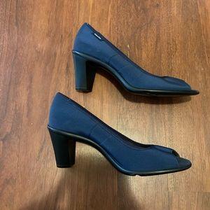 Calvin Klein navy open toe pumps size 8